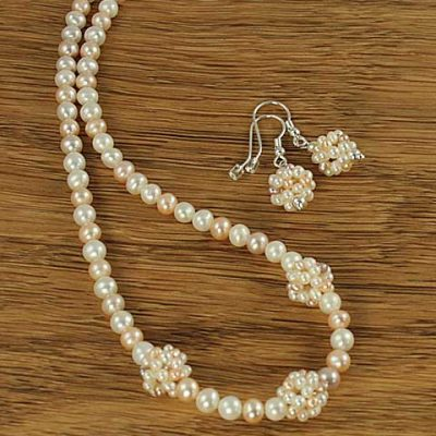 Apricot-&-White-Pearls