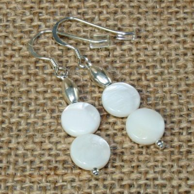 Mother of Pearl double round earrings