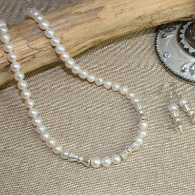Pearl-Bow-Bead-set