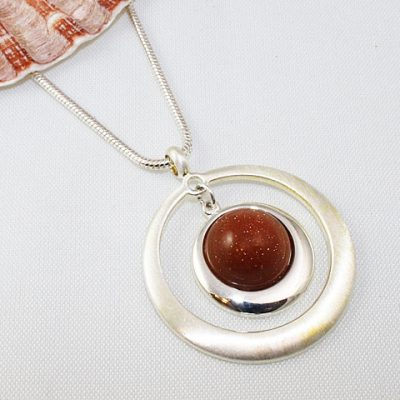 Brown-Goldstone-Satin-Circle-Penant
