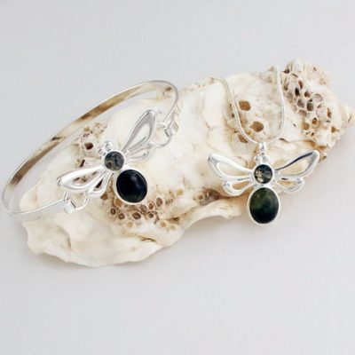 Green-Moss-Agate-Bees