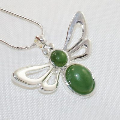 Jade-Bee-Pendant
