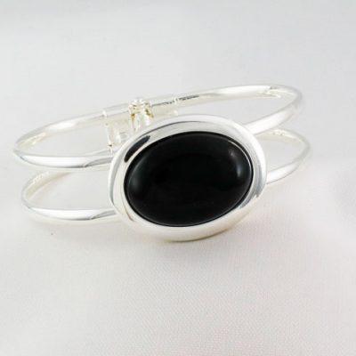 Onyx-Oval Bangle