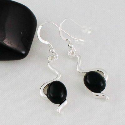 Onyx-Wiggle-Earrings