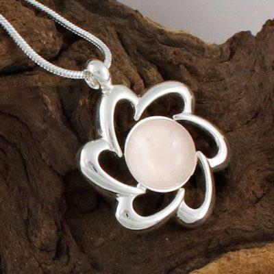 Rose-Quartz-Flower-Pendant