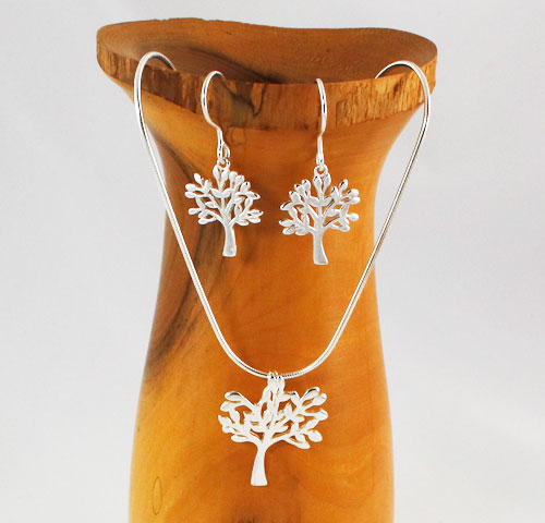 Tree-of-Life-Pendant-and-Earrings
