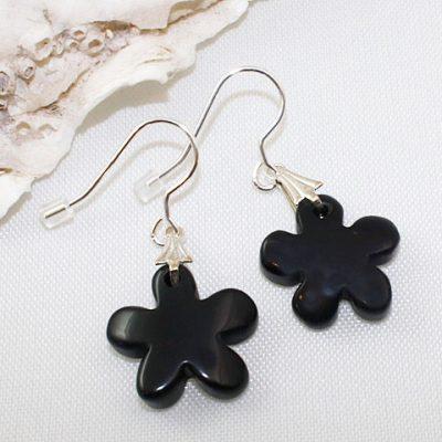 Black Agate Daisys